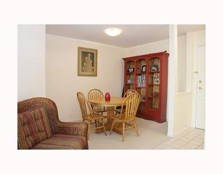 """Photo 9: 204 789 W 16TH Avenue in Vancouver: Fairview VW Condo for sale in """"SIXTEEN WILLOWS"""" (Vancouver West)  : MLS®# V786069"""