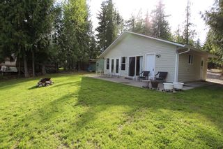 Photo 2: 23 2274 Noakes Road in Magna Bay: House for sale : MLS®# 10081600