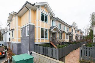 """Photo 2: 41 9718 161A Street in Surrey: Fleetwood Tynehead Townhouse for sale in """"Canopy"""" : MLS®# R2584498"""