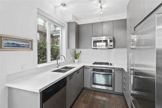 """Photo 10: 103 717 CHESTERFIELD Avenue in North Vancouver: Central Lonsdale Condo for sale in """"Queen Mary"""" : MLS®# R2536671"""