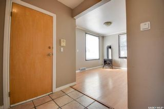 Photo 2: 714 3rd Avenue North in Saskatoon: City Park Residential for sale : MLS®# SK870579