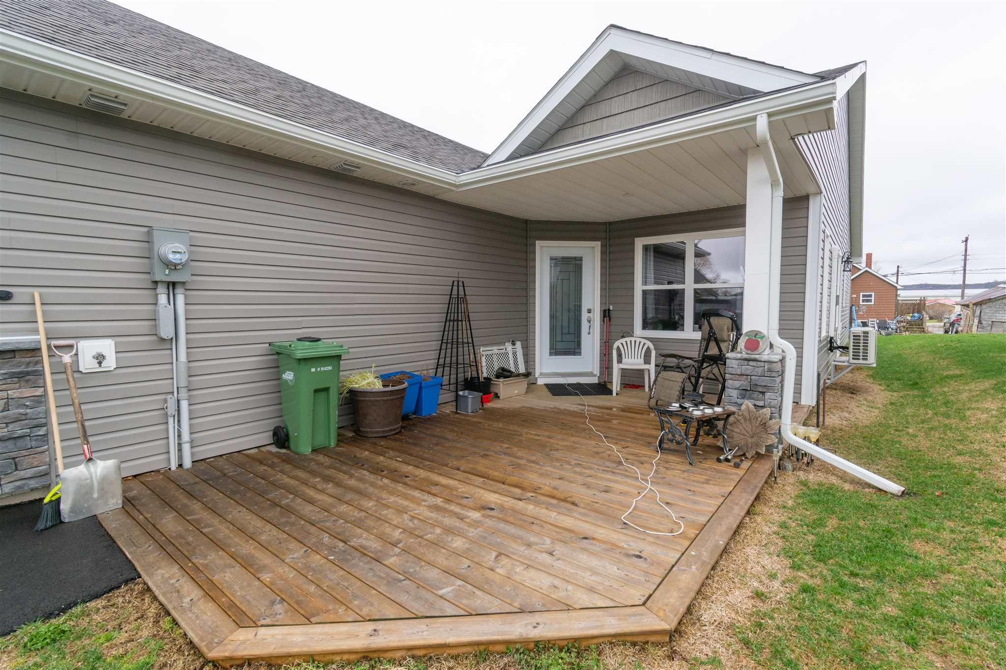Main Photo: 22 Selena Court in Port Williams: 404-Kings County Residential for sale (Annapolis Valley)  : MLS®# 202109663