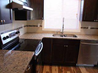 Photo 5: 3 2232 33 Avenue SW in CALGARY: Richmond Park Knobhl Townhouse for sale (Calgary)  : MLS®# C3499475