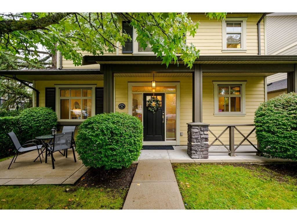 """Main Photo: 9 15885 26 Avenue in Surrey: Grandview Surrey Townhouse for sale in """"Skylands"""" (South Surrey White Rock)  : MLS®# R2614703"""