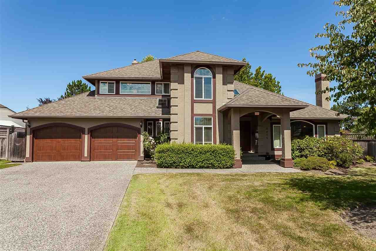 Main Photo: 6078 154A Street in Surrey: Sullivan Station House for sale : MLS®# R2393804