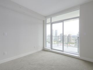 "Photo 9: 2301 1788 GILMORE Avenue in Burnaby: Brentwood Park Condo for sale in ""Escala"" (Burnaby North)  : MLS®# R2398693"