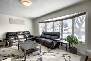Photo 3: 6112 148 Avenue in Edmonton: Zone 02 House for sale : MLS®# E4227979