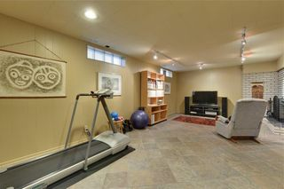 Photo 26: 2336 LONGRIDGE Drive SW in Calgary: North Glenmore Park Detached for sale : MLS®# C4272133