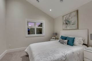 Photo 15: 1308 E 27 Avenue in Vancouver: Knight 1/2 Duplex for sale (Vancouver East)  : MLS®# R2088304