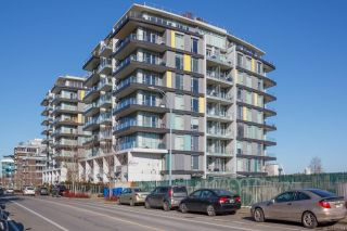 Photo 3: 609 373 Tyee Rd in : VW Victoria West Condo for sale (Victoria West)  : MLS®# 869064