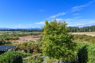 Photo 72: 1003 Kingsley Cres in : CV Comox (Town of) House for sale (Comox Valley)  : MLS®# 886032