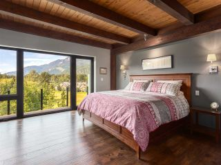 Photo 8: 41165 ROCKRIDGE Place in Squamish: Tantalus House for sale : MLS®# R2167179