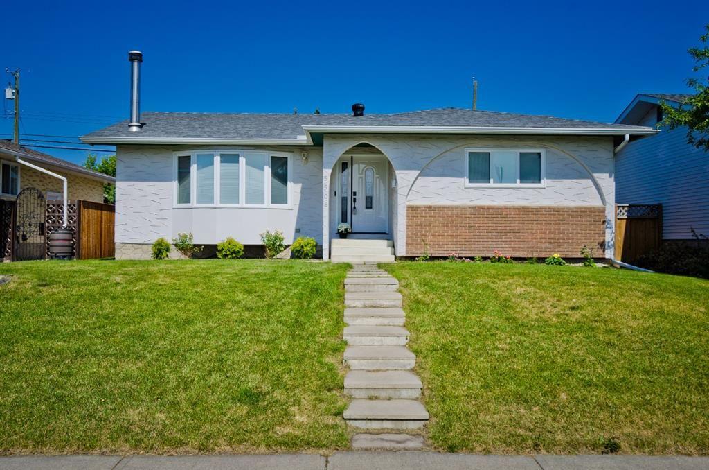 Main Photo: 5508 5 Avenue SE in Calgary: Penbrooke Meadows Detached for sale : MLS®# A1023147