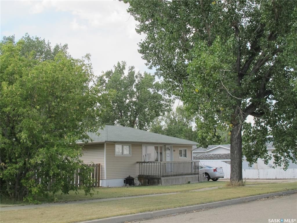 Main Photo: 222 Aldridge Street in Bienfait: Residential for sale : MLS®# SK846524