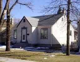 Main Photo: 374 DUBUC Street in WINNIPEG: St Boniface Single Family Detached for sale (South East Winnipeg)  : MLS®# 9904093