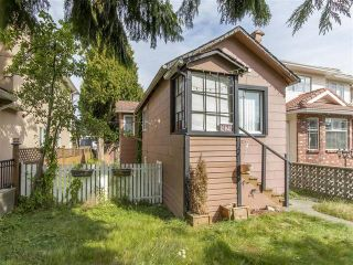 Photo 14: 3123 E 4TH Avenue in Vancouver: Renfrew VE House for sale (Vancouver East)  : MLS®# R2106855