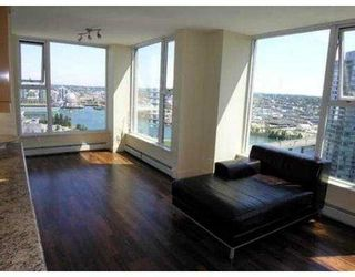 "Photo 2: 3007 1009 EXPO BV in Vancouver: Downtown VW Condo for sale in ""LANDMARK 33"" (Vancouver West)  : MLS®# V549103"