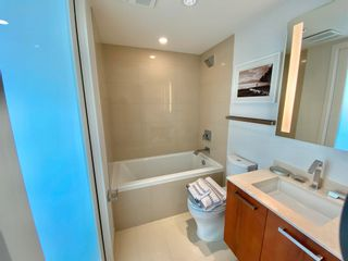 """Photo 18: 1102 1565 W 6TH Avenue in Vancouver: False Creek Condo for sale in """"6TH & FIR"""" (Vancouver West)  : MLS®# R2602181"""