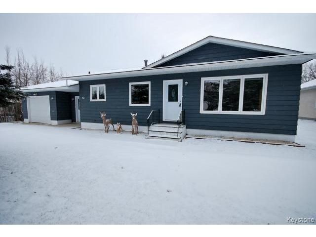 Main Photo: 62 Chanoinesse Street in NOTREDAMELRDS: Manitoba Other Residential for sale : MLS®# 1427452