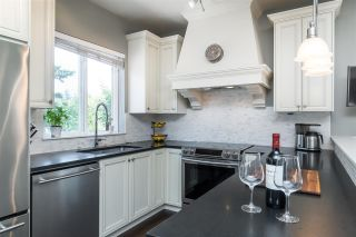 """Photo 4: 14 3268 156A Street in Surrey: Morgan Creek Townhouse for sale in """"GATEWAY"""" (South Surrey White Rock)  : MLS®# R2413872"""