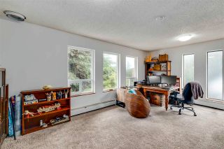 Photo 12: 992 CORONA Crescent in Coquitlam: Chineside House for sale : MLS®# R2593183