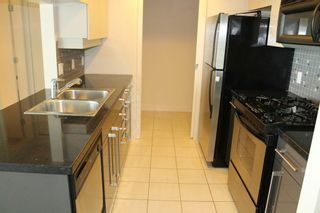 """Photo 9: 3308 1408 STRATHMORE Mews in Vancouver: Yaletown Condo for sale in """"WEST ONE"""" (Vancouver West)  : MLS®# R2118511"""