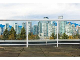 """Photo 7: A2 1100 W 6TH Avenue in Vancouver: Fairview VW Townhouse for sale in """"FAIRVIEW PLACE"""" (Vancouver West)  : MLS®# V1094784"""