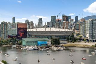 """Photo 21: PH 2101 110 SWITCHMEN Street in Vancouver: Mount Pleasant VE Condo for sale in """"THE LIDO"""" (Vancouver East)  : MLS®# R2614884"""