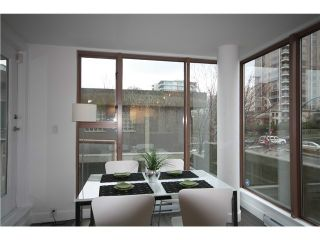 Photo 13: 305 1633 W 8TH Avenue in Vancouver: Fairview VW Condo for sale (Vancouver West)  : MLS®# V1056402