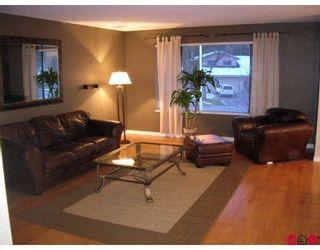 """Photo 3: 16170 SPRINGSIDE Court in Surrey: Fraser Heights House for sale in """"Fraser Glen"""" (North Surrey)  : MLS®# F2801624"""