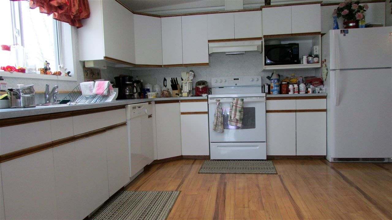 """Photo 5: Photos: 11141 BEATTIE Drive: Hudsons Hope Manufactured Home for sale in """"HUDSONS HOPE"""" (Fort St. John (Zone 60))  : MLS®# R2511397"""