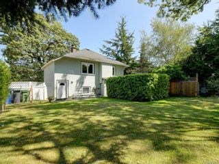 Photo 21: 686 Monterey Ave in Oak Bay: OB South Oak Bay House for sale : MLS®# 845564