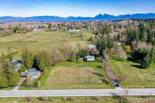 Photo 5: 22985 40 AVENUE in Langley: Campbell Valley House for sale : MLS®# R2565143