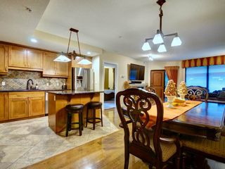 Photo 1:  in Edmonton: Attached Home for sale : MLS®# E4155965