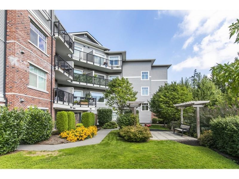 FEATURED LISTING: 208 - 19530 65 Avenue Surrey