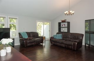 """Photo 8: 35 20761 TELEGRAPH Trail in Langley: Walnut Grove Townhouse for sale in """"Woodbridge"""" : MLS®# R2451466"""