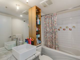 Photo 10: # 3003 33 SMITHE ST in Vancouver: Yaletown Condo for sale (Vancouver West)  : MLS®# V1124467