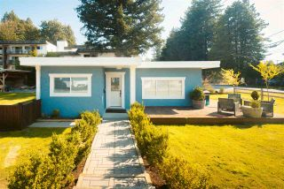 Photo 17: 34012 OXFORD Avenue in Abbotsford: Central Abbotsford House for sale : MLS®# R2489416