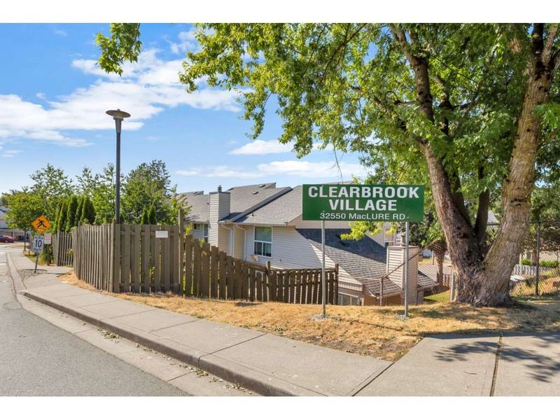 FEATURED LISTING: 290 - 32550 MACLURE Road Abbotsford