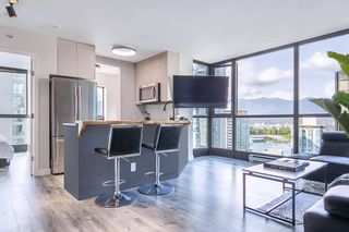 """Photo 1: 1710 1367 ALBERNI Street in Vancouver: West End VW Condo for sale in """"The Lions"""" (Vancouver West)  : MLS®# R2615507"""