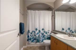 """Photo 17: 306 33485 SOUTH FRASER Way in Abbotsford: Central Abbotsford Condo for sale in """"CITADEL RIDGE"""" : MLS®# R2496142"""