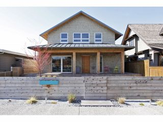 Photo 2: 3085 MCBRIDE Avenue in Surrey: Crescent Bch Ocean Pk. House for sale (South Surrey White Rock)  : MLS®# F1408818