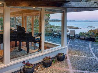 Photo 14: 3065 Surrey Rd in Oak Bay: OB Uplands House for sale : MLS®# 838744