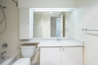 """Photo 12: 802 2008 FULLERTON Avenue in North Vancouver: Pemberton NV Condo for sale in """"Seymour By Woodcroft Estate"""" : MLS®# R2216896"""