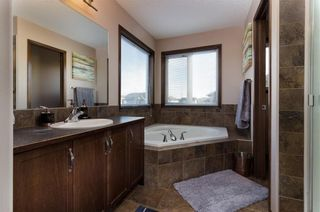 Photo 16: 30 WEST POINTE Manor: Cochrane House for sale : MLS®# C4150247