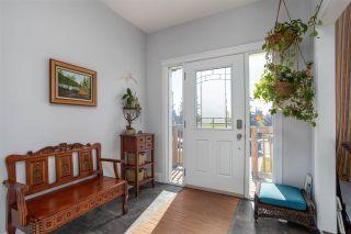Photo 2: 7416 78 Avenue in Edmonton: Zone 17 House Half Duplex for sale : MLS®# E4239366