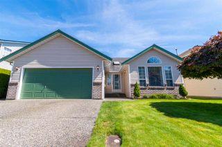 Photo 1: 7504 GARNET Drive in Chilliwack: Sardis West Vedder Rd House for sale (Sardis)  : MLS®# R2491237