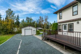 Photo 2: 1699 SOMMERVILLE Road in Prince George: North Blackburn House for sale (PG City South East (Zone 75))  : MLS®# R2501415