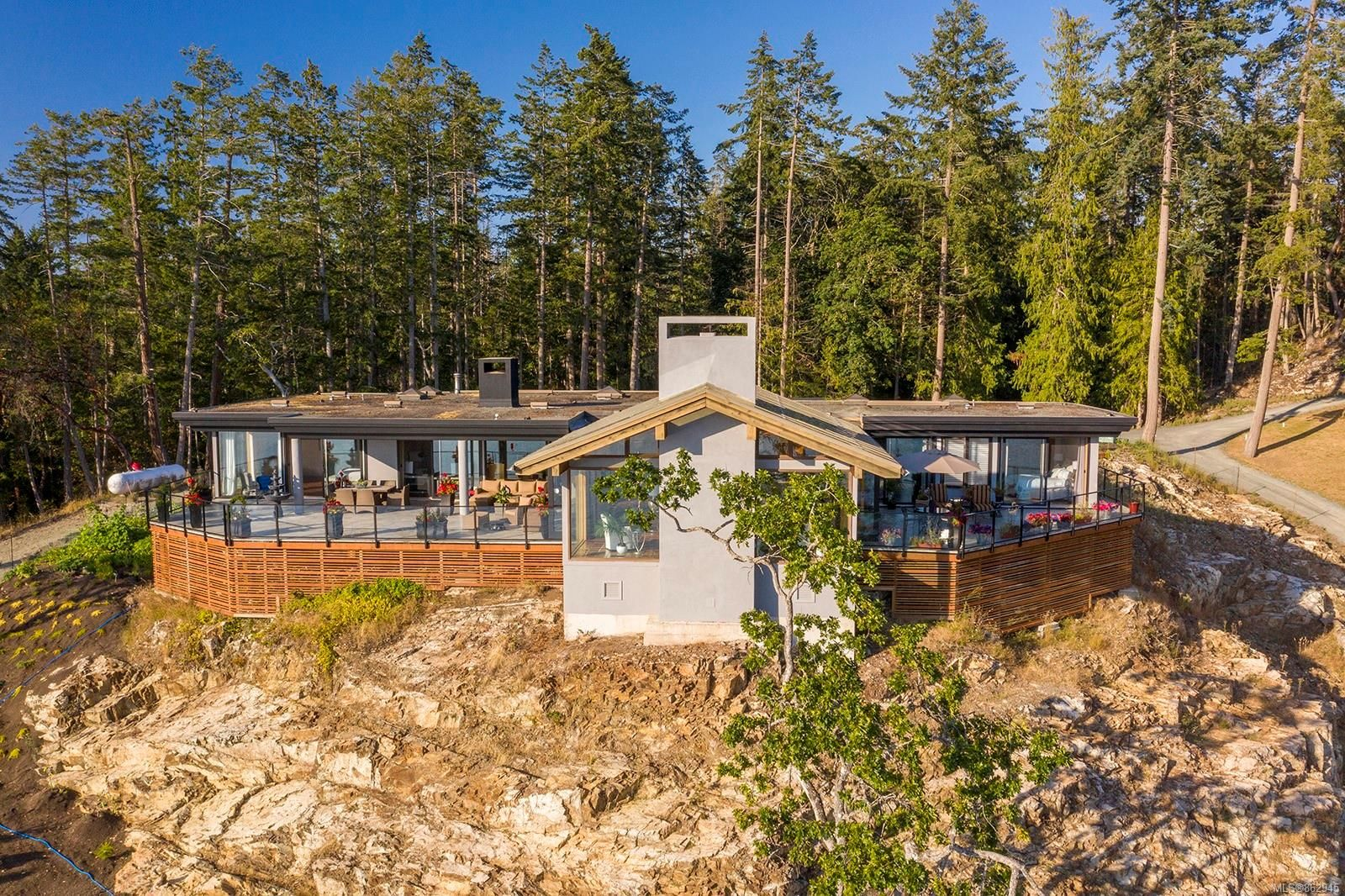 Photo 21: Photos: 1675 Claudet Rd in : PQ Nanoose House for sale (Parksville/Qualicum)  : MLS®# 862945