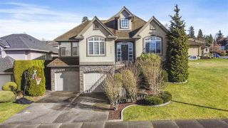 """Photo 2: 3682 CREEKSTONE Drive in Abbotsford: Abbotsford East House for sale in """"Creekstone on the Park"""" : MLS®# R2543578"""